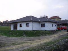 Novostavba RD v obci Mšecké Žehrovice